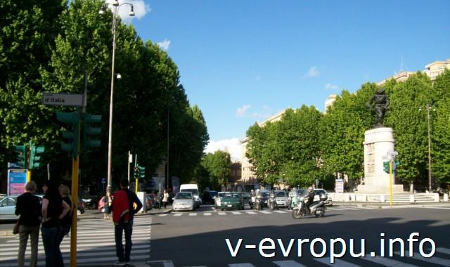Рим. Жд вокзал Термини. Фото. Площадь перед вокзалом Чинквиченто