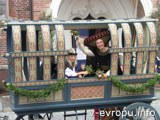 Свадьба в Ландсхуте: в карете мать жениха