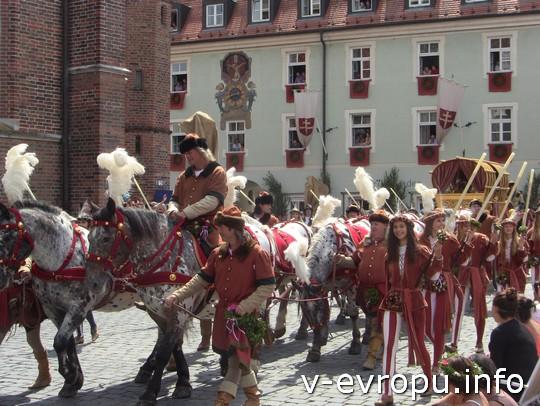 Свадьба в Ландсхуте: свадебная колесница