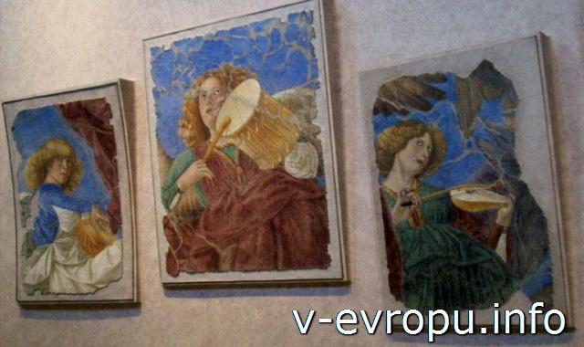 """Ватиканская Пинакотека. Останки фресок """"Играющих Ангелов"""" Мелоццо да Форли из церкви Св Апостолов"""