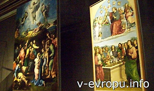 Ватиканская Пинакотека. Рафаэль. Слева -Преображение Христа, справа - Коронование Марии