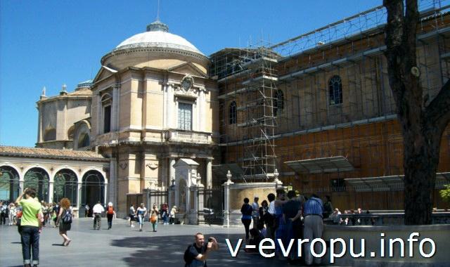 Здание Бельведера ватиканских музеев