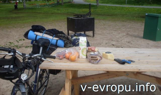 На велосипеде из Хапаранда в Лулео. Обед в городском парке Лулео