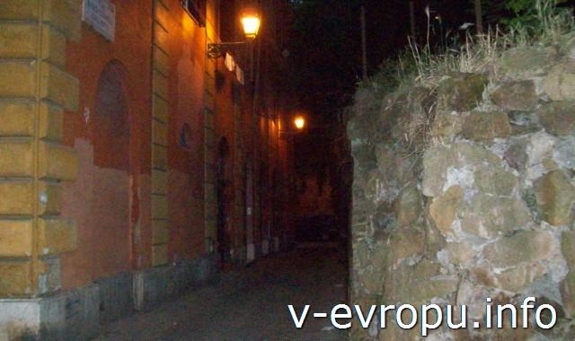 Рим ночью. Улочки района Трастевере