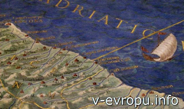 Музей Ватикана: Галерея Карт. Карта  восточного побережья Италии, порт Анконы