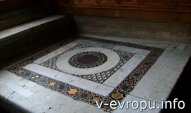 Станцы Рафаэля в Музее Ватикана. Мозаичный пол в Зале Константина