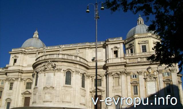 Рим. Задний фасад Базилики Санта Мария Маджоре.