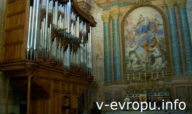 Рим. Орган в церкви Santa Maria degli Angeli e dei Martiri