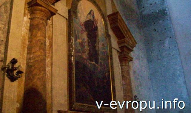 Картина с изображением Девы Марии в церкви Санта Мария дельи Анджели э деи Мартири на площади Республики в Риме