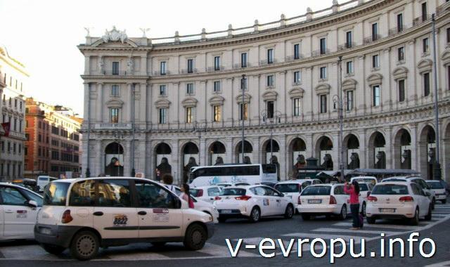 Пьяцца Республики в Риме