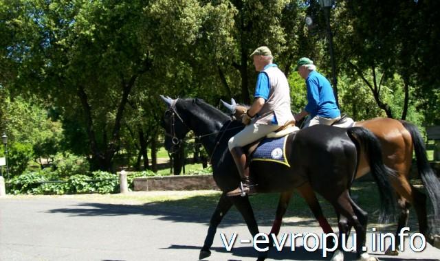 Конные прогулки в парке Боргезе
