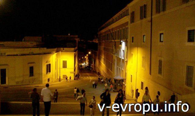 Рим. Лестница на Квиринал ночью