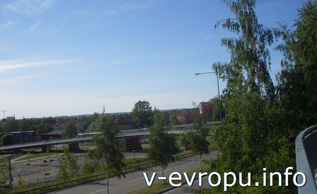 Швеция. Мост в Умео, ведущий в университет