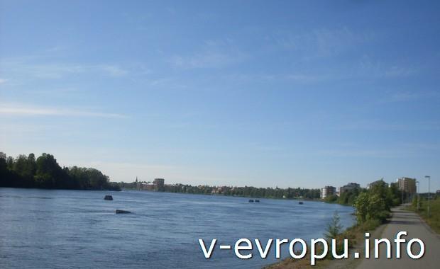 Река в Швеции Уме-Эльв