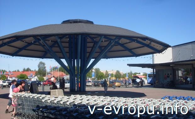 Торговая площадь в Умео. Швеция на велосипеде