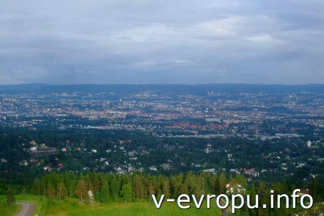 Норвегия. Панорамный вид с  трамплина Holmenkollen