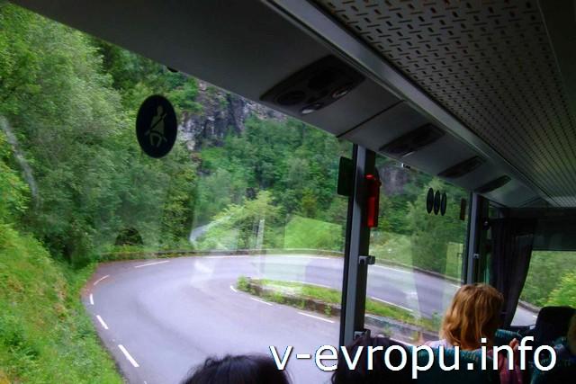 Норвегия в миниатюре, серпантин по дороге в Восс