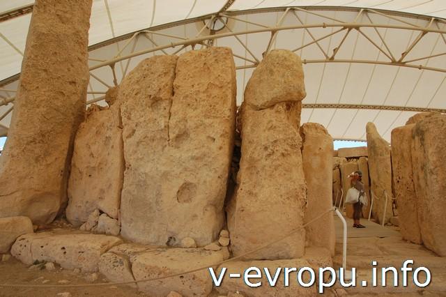 Мегалитический храм Хаджар Им. Мальта