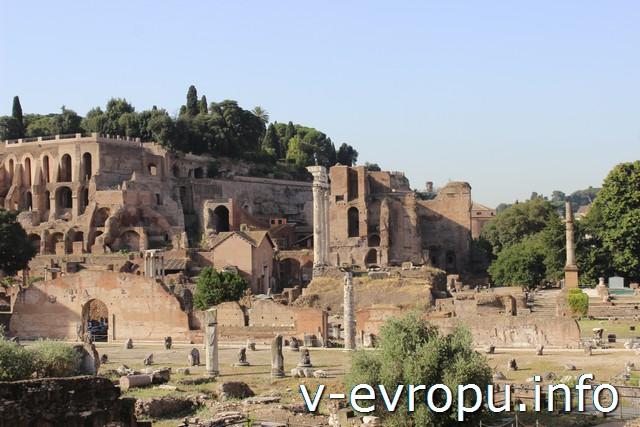 Поездка в Рим в августе. Римский Форум