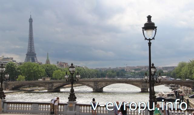 Париж. (По мнению автора отчета эта фотография Парижа  - самая красивая!)