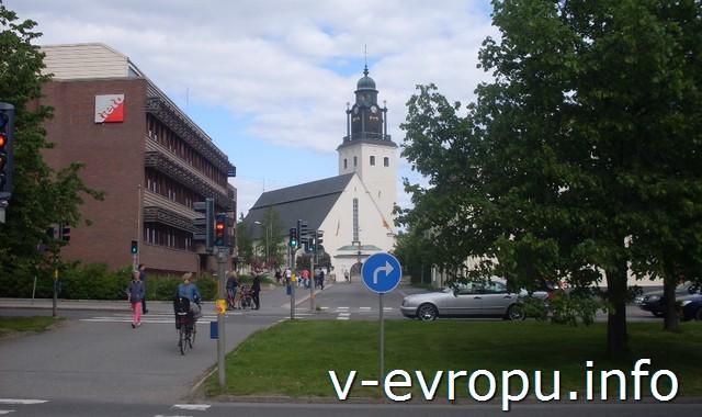 На велосипеде по Шеллефтео (Швеция)