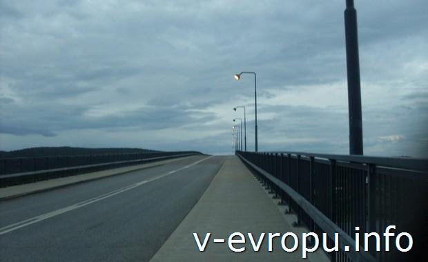Мост в  Харносанд (Härnösand)
