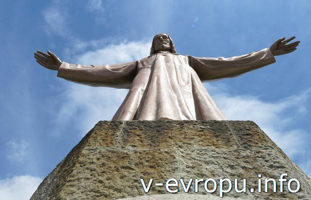 Скульптура Христа на Тибидабо