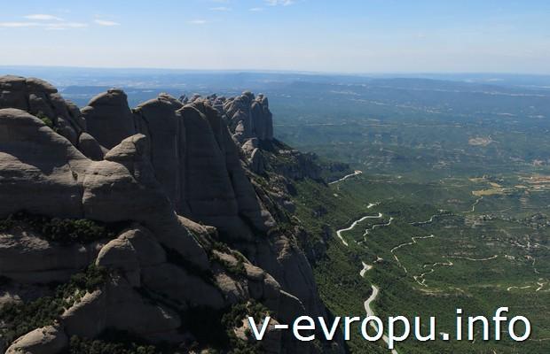 Вид с  горы Монтсеррат