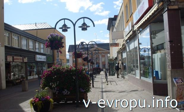 Швеция. Улицы городка Харносанд