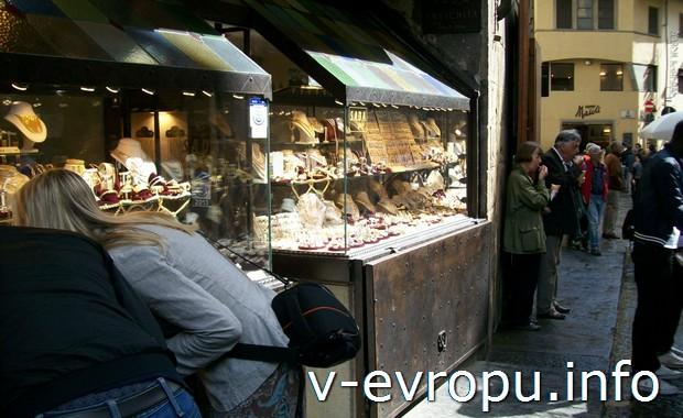 Флоренция. Рынок ювелирных изделий на понте Веккьо