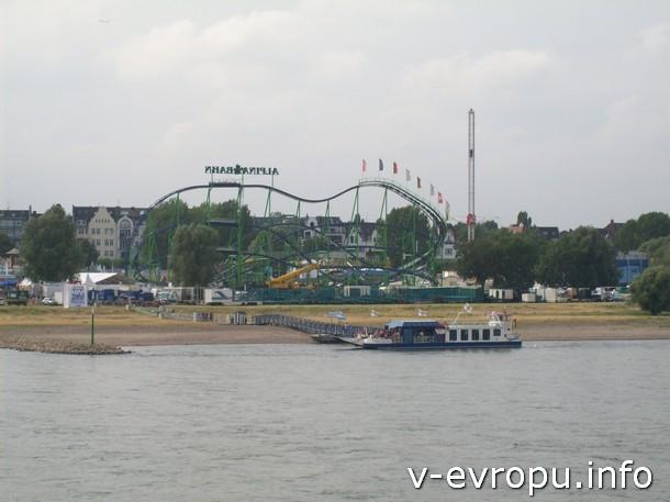 Кирмес  в Дюссельдорфе - самый большой городской праздник на Рейне