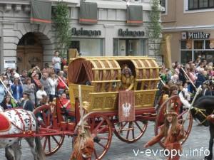 Свадебное шествие в городе Ландсхут - уникальная культурно-историческая реконструкция празднования, которое состоялось в 1475 году