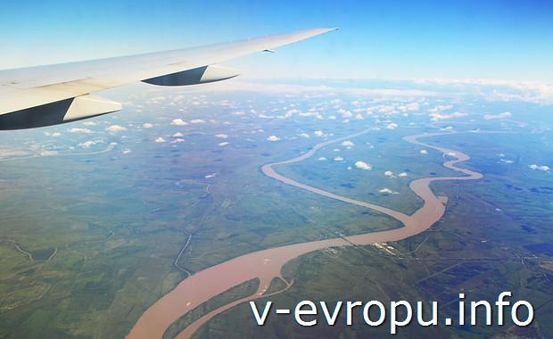 Коричневая река. Судя по Гугло-картам, Rio Parana