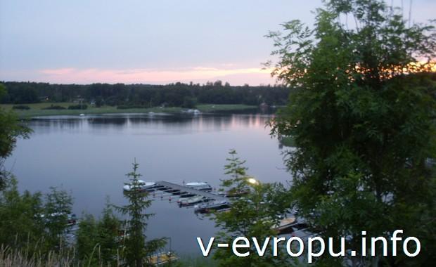 Природа в окрестностях Норртелье в Швеции