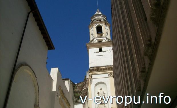 Колокольня церкви Св.Ферма в Вероне (Италия)