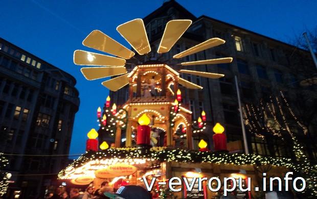 Новогодняя карусель в Гамбурге