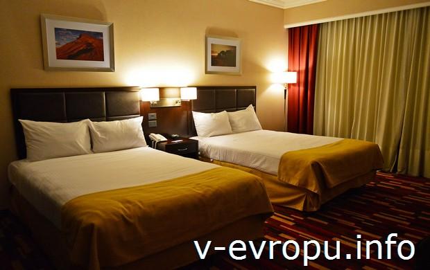 Комната в отеле Holiday Inn