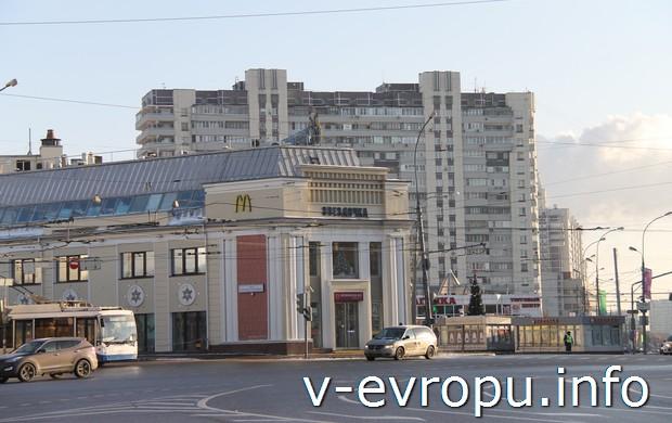"""ТЦ """"Звездочка"""": справа от него ул.Таганская, где находится Храм Святой Матроны"""