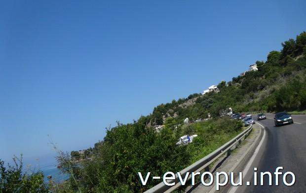 На машине по  дорогам Черногории