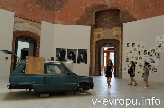 Дрезден. Странная экспозиция современного искусства