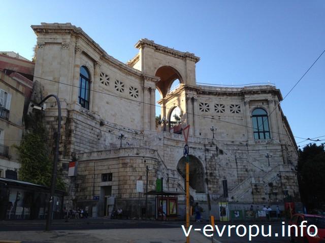 Сардиния. Бастион Сан-Реми в Кальяри