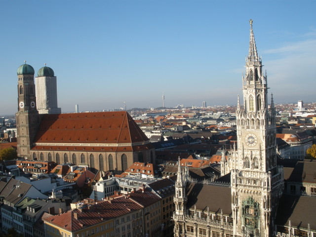Munich: Frauenkirche and New Rathaus